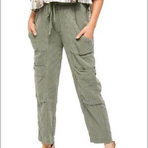 Free People Olive green linen Feelin' Good Utility Pull On Cargo Pants S